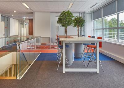 GS1 - ontvangstruimte - hoge tafel - uniek design