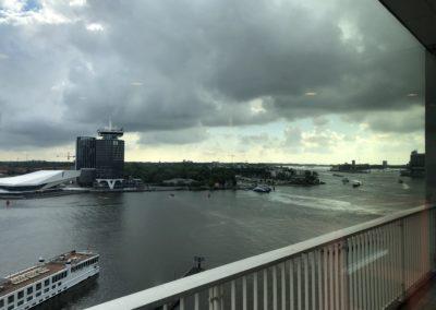 Uitzicht Port of Amsterdam